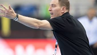 Nationalcoach Michael Suter dirigiert die Schweiz zum klaren Heimsieg gegen Estland