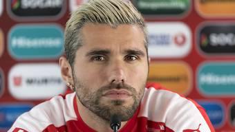 Nationalspieler Valon Behrami denkt an einen Wechsel in die Schweiz.