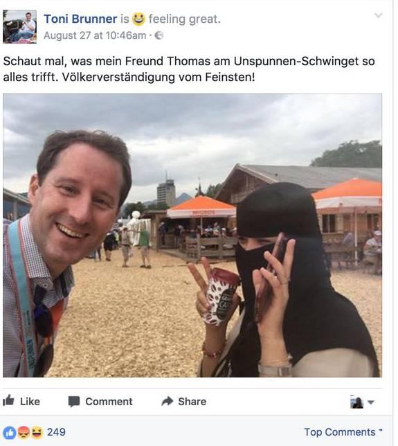 Manche User bezweifeln, dass es sich bei der Frau um eine Muslima handelt.