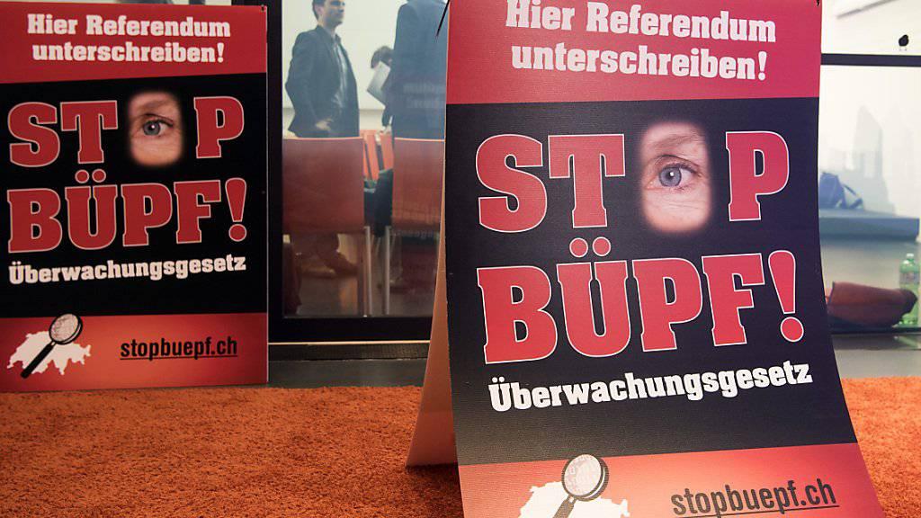 Das Referendum gegen das Überwachungsgesetz BÜPF war nicht zustande gekommen. Umstritten waren unter anderem Staatstrojaner. Nun zeigt sich, dass diese teurer sind als erwartet. (Archivbild)