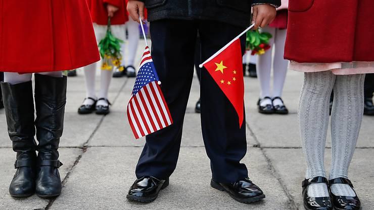 China verhängt ab Montag Strafzölle von bis zu 25 Prozent auf 128 verschiedene Produkte aus den USA. (Symbolbild)