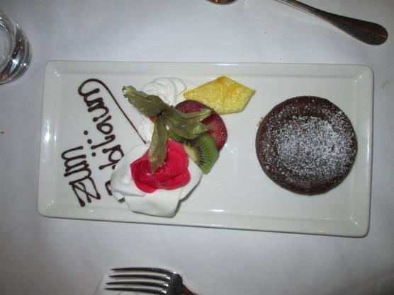 Zum Jubiläum feinen Dessert