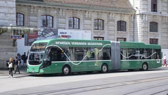 Die neuen Elektrobusse werden noch länger sein als das Testfahrzeug, das derzeit auf der Linie 30 und 50 zum Einsatz kam.