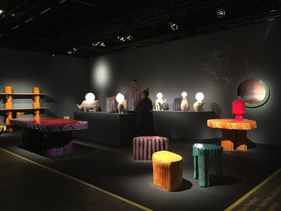 2019 darfs knallen. Neben gediegenem Vintage ist farbiger Effekt, sind Pop und Freude angesagt an der Design Miami Basel.