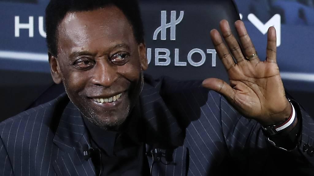 Pelé kurzzeitig wieder auf Intensivstation verlegt