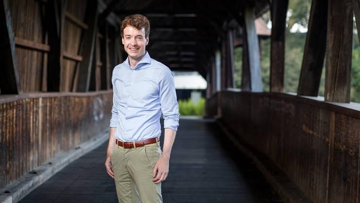 Adrian Schoop auf der Holzbrücke: «Wir müssen uns langfristig in Richtung Baden orientieren.»