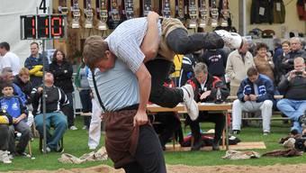 Der Hosenlupf: Eine bestimmte Art des Schwingkampfs - aber auch Bezeichnung für weniger sportliche Wettkämpfe, zum Beispiel Wahlgänge. (Symbolbild)