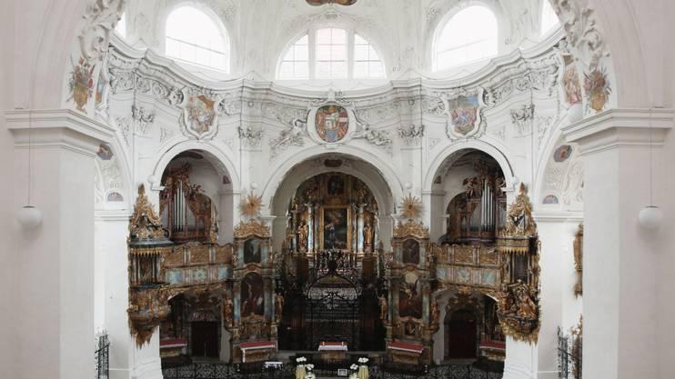 Blick in die Klosterkirche des Klosters Muri.