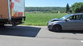 In Villmergen prallte der Fahrer in einen niederländischen Lastwagen, weil er während der Fahrt kurz eingenickt war.