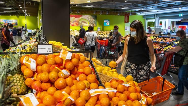 Der Detailhandel in der Schweiz verkauft so viele Waren wie schon lange nicht mehr (im Bild: Migros-Filiale in Lausanne).