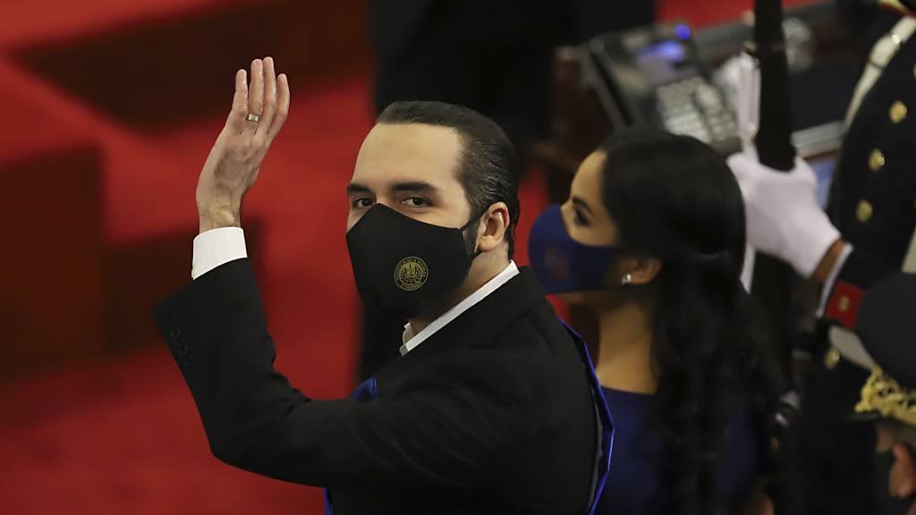 Justiz ermöglicht El Salvadors Präsident zweite Amtszeit