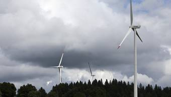 Turbinen auf dem Mont Crosin