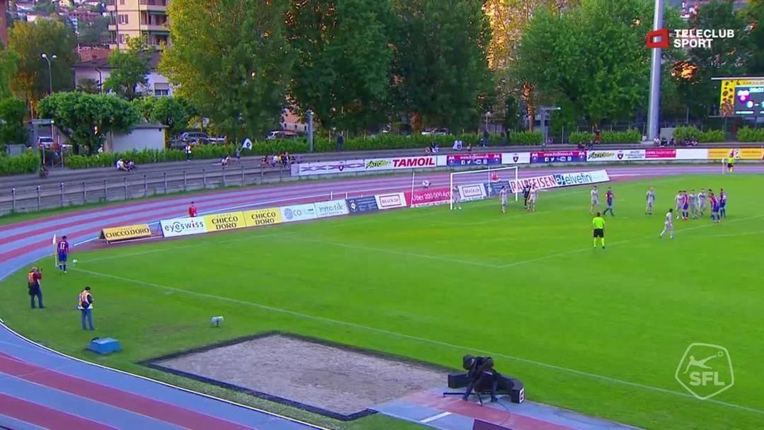 Challenge League 18/19 Runde 35: Chiasso - FC Aarau 24.2.19 - Pfostenschuss durch Gabriele Perico (FC Chiasso)