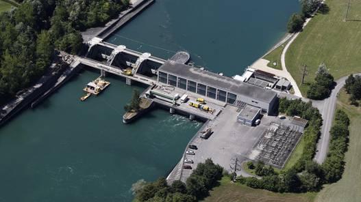 Die meisten Wasserleichen bleiben im Rechen des Kraftwerks Flumenthal hängen. (Archiv)