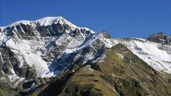 Geradezu ein Sinnbild für Beständigkeit und doch in Bewegung: Die Alpen driften und heben sich. (Archivbild)