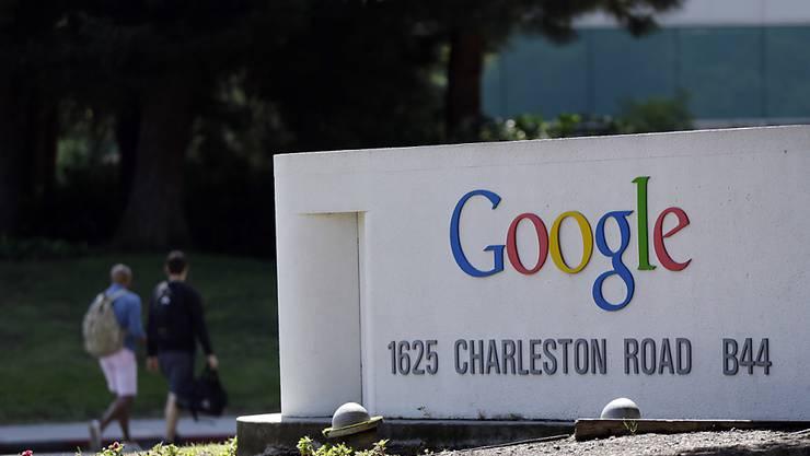 """Google-Hauptquartier in Kalifornien: Google widersetzt sich einer französischen Weisung, die eine weltweite Sperrung von Links wegen des """"Rechts auf Vergessen"""" forderte. (Archivbild)"""