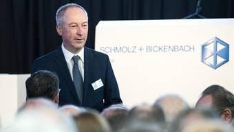 Jens Alder, Verwaltungsratspräsident von Schmolz+Bickenbach, an der ausserordentlichen Generalversammlung in Emmenbrücke.