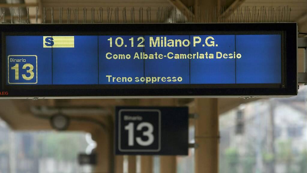 Die Tessiner Regierung stemmt sich gegen die bevorstehende Unterbrechung des Zugverkehrs von und nach Italien. Archivbild