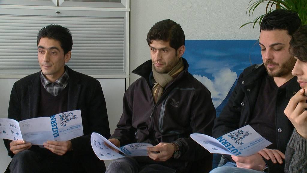 Handykontrolle soll künftig Herkunft von papierlosen Asylbewerbern klären