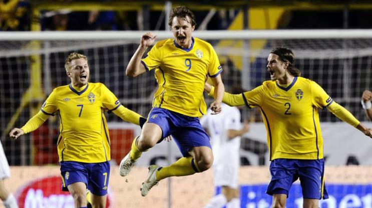 Kim Källström (9), hier nach seinem Tor gegen Holland an der Euro 2012, spielt seit einem Jahr für GC.