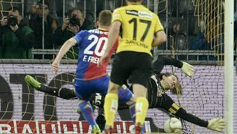 Frei verwandelt den Foulpenalty zur FCB-Führung