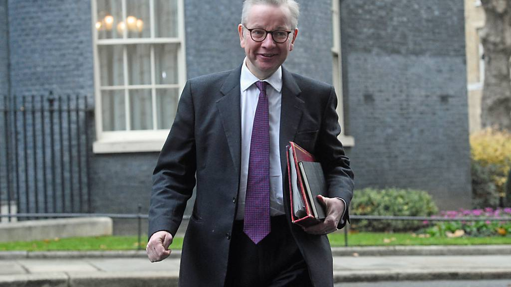 Michael Gove, Kanzler des Herzogtums Lancaster, trifft vor der wöchentlichen Kabinettssitzung der Regierung im  Außenministerium des Vereinigten Königreichs, Foreign and Commonwealth Office (FCO), in Downing Street ein. Foto: Kirsty O'connor/PA Wire/dpa