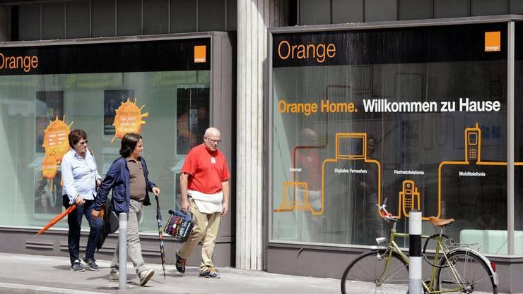 Fertig Orange. Der Telekom-Riese gibt seinen neuen Namen bekannt.