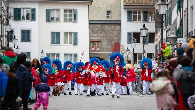 Die Tambouren machten den Auftakt zum Solothurner Fasnachtsumzug 2020