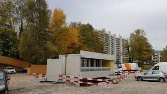 Ein Testobjekt: Solche neuen Balkone werden ab April 2021 vor Ort zusammengebaut an den «Staumauern» montiert.