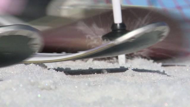 Skifreaks ziehen erste Kurven auf Glacier 3000