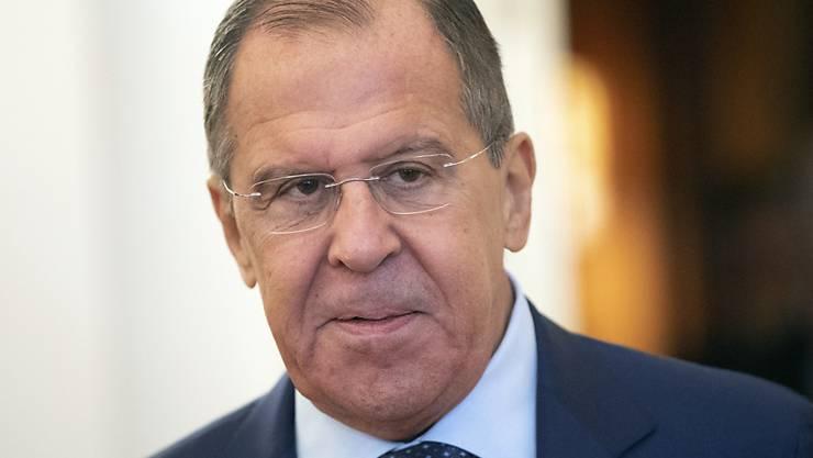 Der russische Aussenminister Lawrow sieht sein Land zu Unrecht an den Pranger gestellt. (Archivbild)
