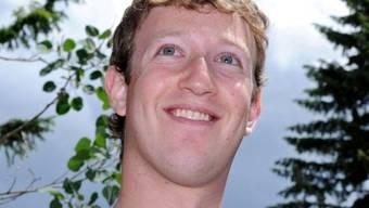 Facebook-Gründer Mark Zuckerberg eröffnet seinen Welpen ein Facebook-Account