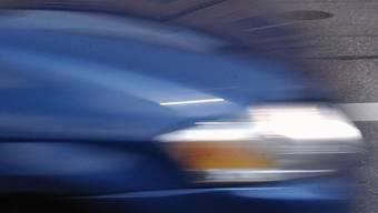 Ein Raser war in Hunzenschwil mit mehr als dem Doppelten der erlaubten Geschwindigkeit unterwegs. (Symbolbild)