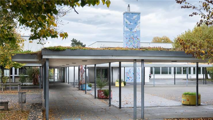 Hier hätte Ali zur Schule gehen sollen: Die Oberstufe in Lenzburg ist auf den Schulcampus Lenzhard konzentriert.
