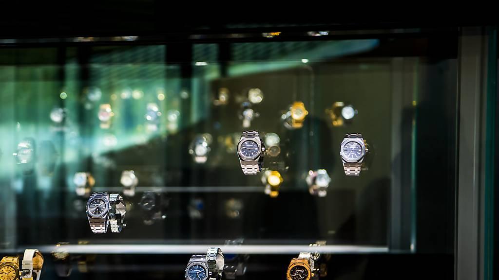 Schweiz bleibt laut Studie Weltmarktführer bei Uhren und Schmuck