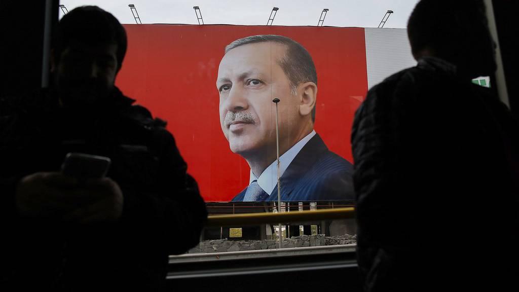 Ja-Stimmen bei Referendum in der Türkei vorn