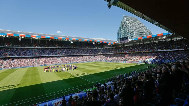 Auch bei ausverkauften Spielen wie hier im letzten Spiel der Saison 2013/14 gegen Lausanne gibt es im Joggeli freie Plätze.