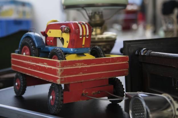 Viel altes Spielzeug gabs zu kaufen und zu bestaunen