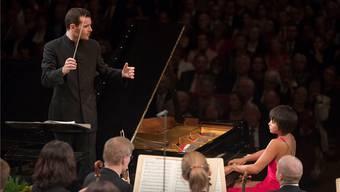 Der junge Chef- dirigent Lionel Bringuier und Ausnahmepianistin Yuja Wang spielten mit dem Tonhalle-Orchester in neun Tagen in sieben verschiedenen Städten.