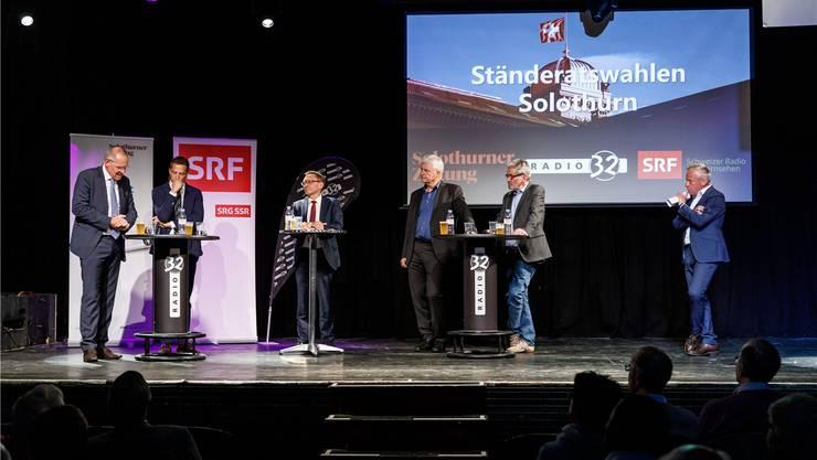 Bislang scheint wahrscheinlich, dass es zur Besetzung des Ständeratssitzes einen zweiten Wahlgang braucht. Im Bild die fünf Ständeratskandidaten beim grossen Solothurner Wahlpodium.