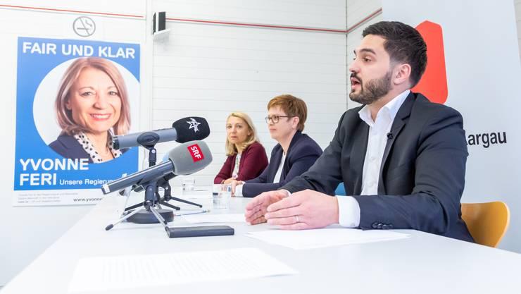 Vor den Medien in Aarau gab Cédric Wermuth bekannt, dass er auf eine Ständeratskandidatur für den zweiten Wahlkampf verzichte.
