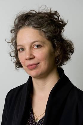 Die in Jugoslawien geborene Autorin schreibt Essays zum Rechtspopulismus. Ihr Einwandererroman «Tauben fliegen auf» gewann 2010 den Deutschen und den Schweizer Buchpreis.