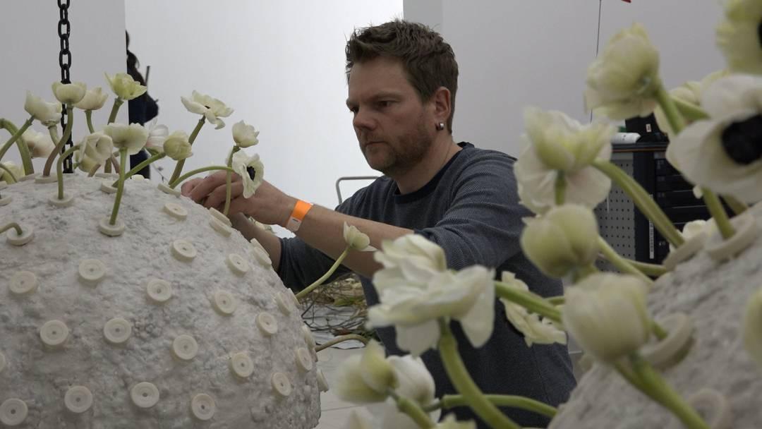 Blumenduft, grosse Maler und etwas Nervosität: Hier entsteht eine ganz besondere Ausstellung