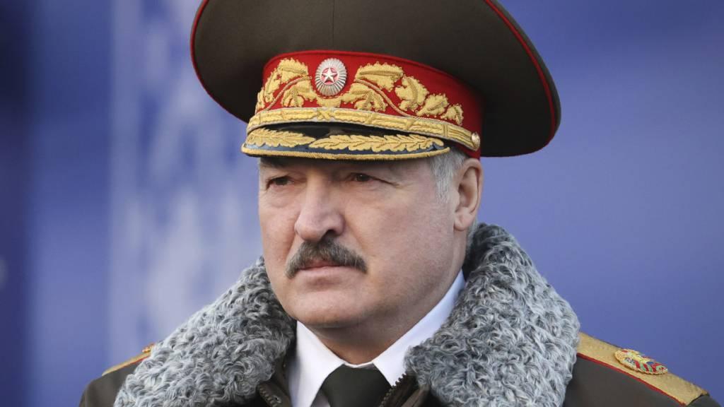 Lukaschenko will bis Ende 2022 neue Verfassung für Belarus vorlegen