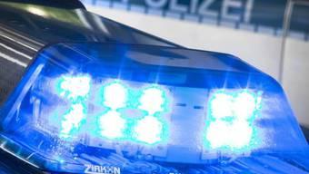 Mit einer Lügengeschichte über einen Einbrecher haben zwei Kinder in Bayern einen Polizei-Grosseinsatz ausgelöst. (Symbolbild)