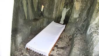Österliches Auferstehungsgrab in der Solothurner Verenaschlucht (März 2018)
