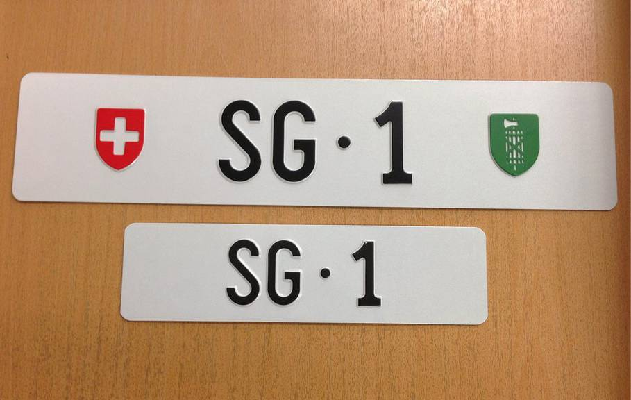 Nicht mehr die teuerste Autonummer der Schweiz: «SG 1». (Bild: KEYSTONE/Strassenverkehrsamt St.Gallen)