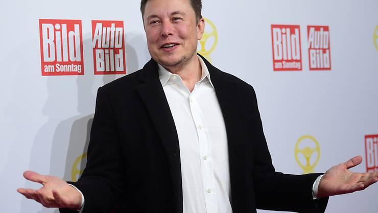 Tauchte überraschend in Berlin auf und verkündete Pläne für eine neue Auto-Grossfabrik in Deutschland: Tesla-Konzernchef Elon Musk.