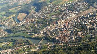 Der Durchgangsverkehr im Zentrum von Brugg und Windisch beschäftigt.ZVG