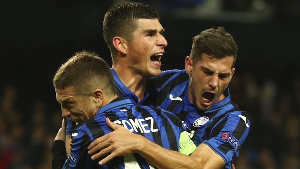 Atalanta Bergamo mit dem Schweizer Remo Freuler (rechts) steht erstmals in den Viertelfinals der Champions League.